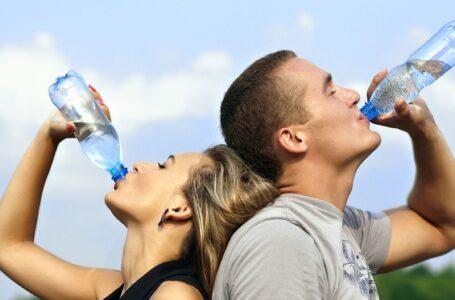 Produrre acqua potabile grazie alla luce solare [con sistemi economici]